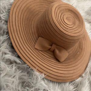 NWOT 100% wool hat